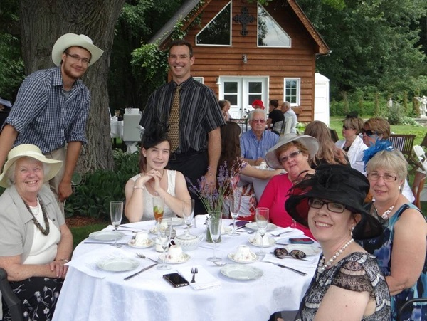 Ryan Hreljac, Dave and Wendy Smythe of DS Plumbing at the 2014 High Tea Ryan's Well Benefit.